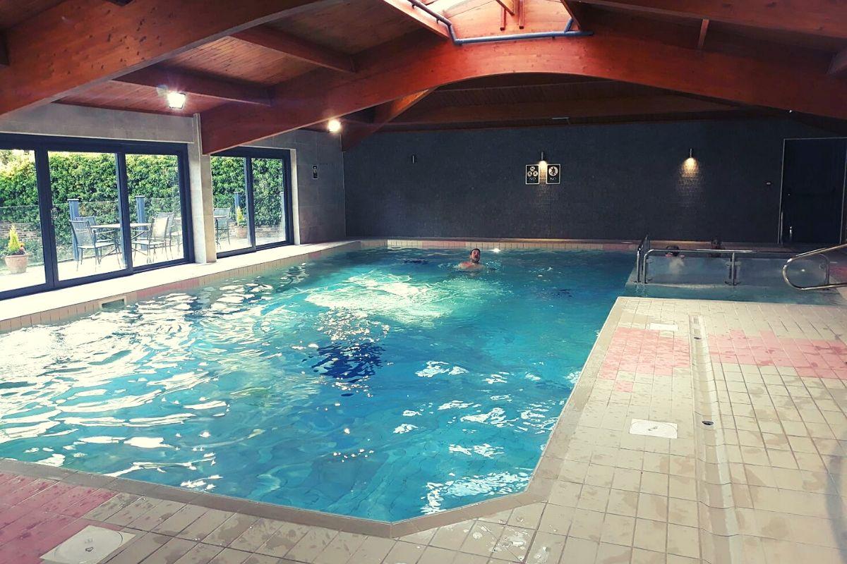 Landal Sandybrook Pool area