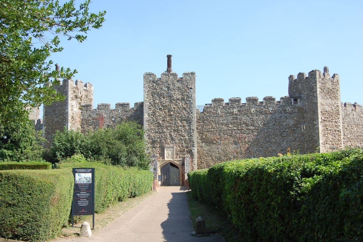 The entrance to Framlingham Castle by the ticket office