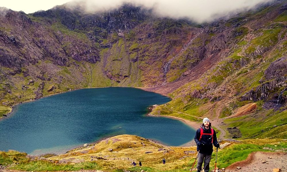Llyn Glaslyn lake in Snowdonia National Park